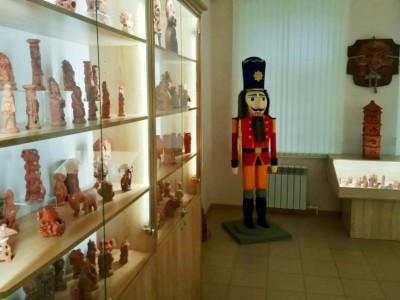 В Угличе открывается выставка к юбилею Валерия Куртмулаева