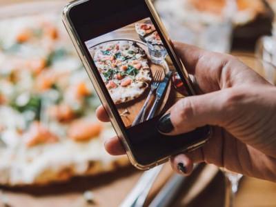 Сразу несколько ресторанов Углича теперь предлагают услугу доставки еды на дом